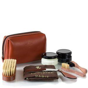 Набор-сумка с обувной косметикой La Cordonnerie Anglaise, кожа, ягуар