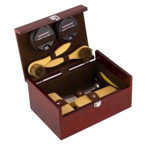 Набор обувных средств Tarrago, в деревянном ящике